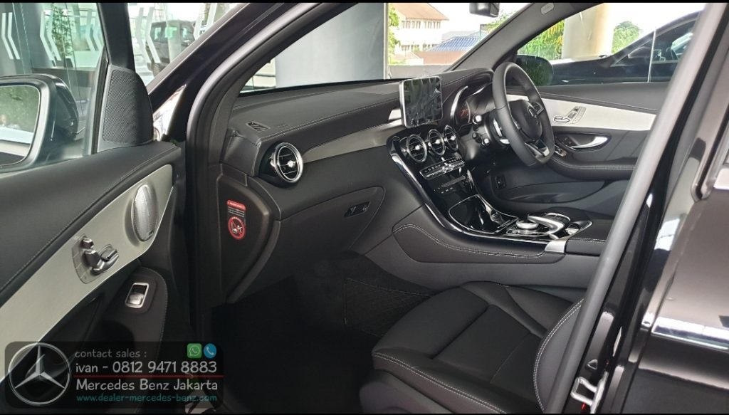Interior Mercedes GLC 300 Coupe FL 2020 Indonesia