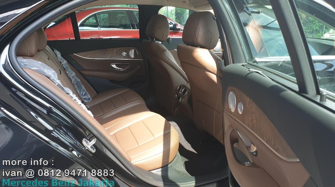 Interior Mercedes-Benz E250 Avantgarde 2019 Brown