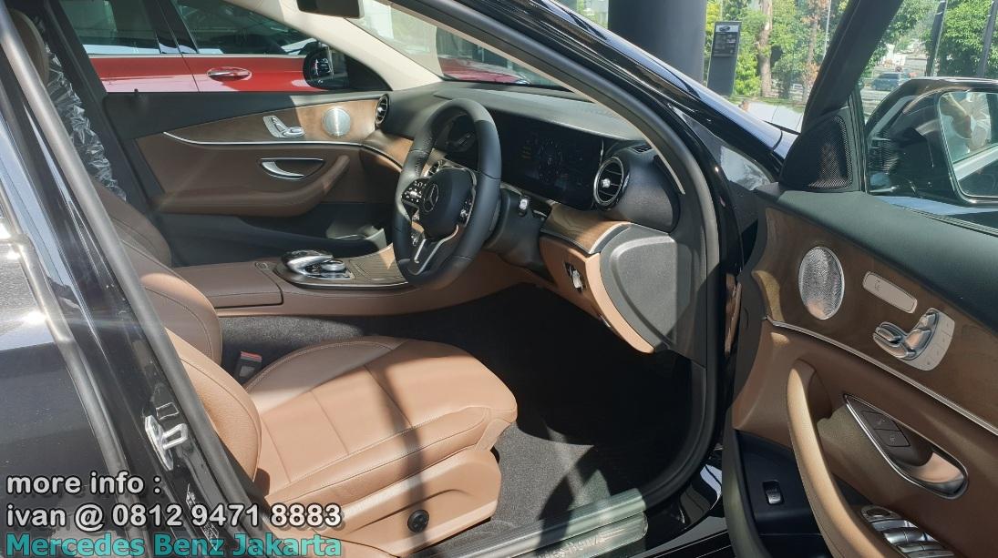 Interior E250 Avantgarde 2019 Indonesia Saddle Brown