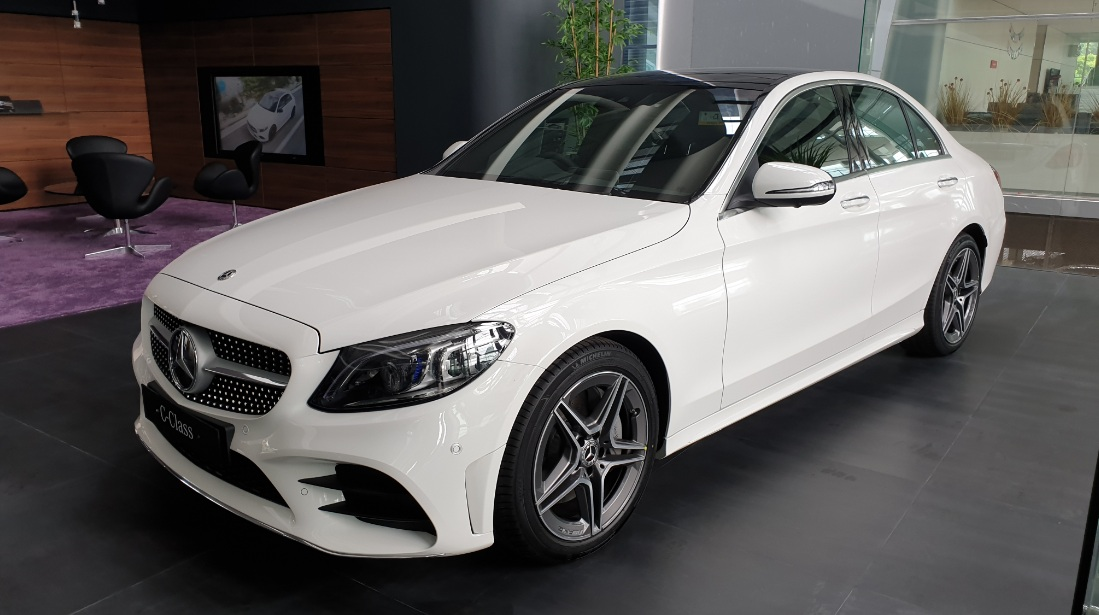 C300 Amg Line Facelift 2019 Indonesia Putih