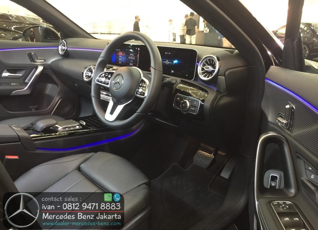 Interior Mercedes Benz A-Class Sedan CKD 2021 Indonesia Black