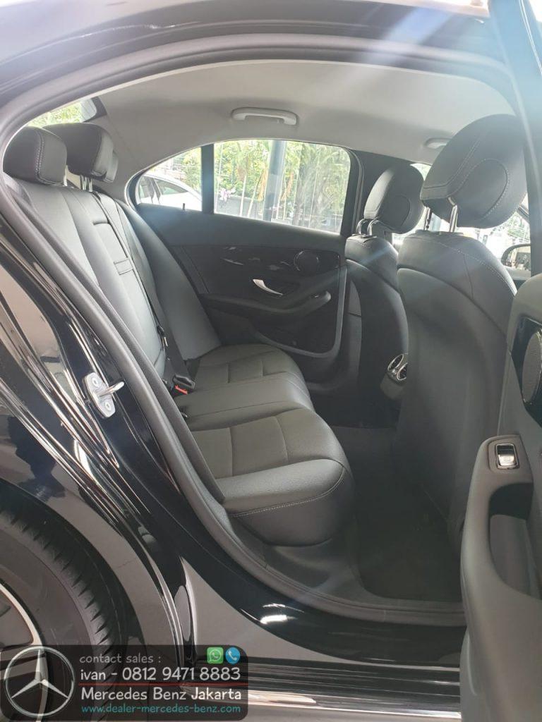 Interior Mercedes C180 Avantgarde Indonesia 2020