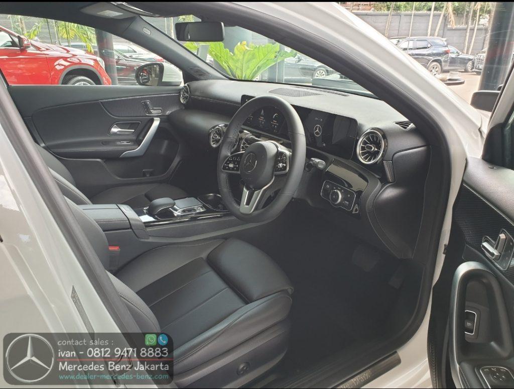 Interior A200 Sedan Progressive 2019-2020 Indonesia