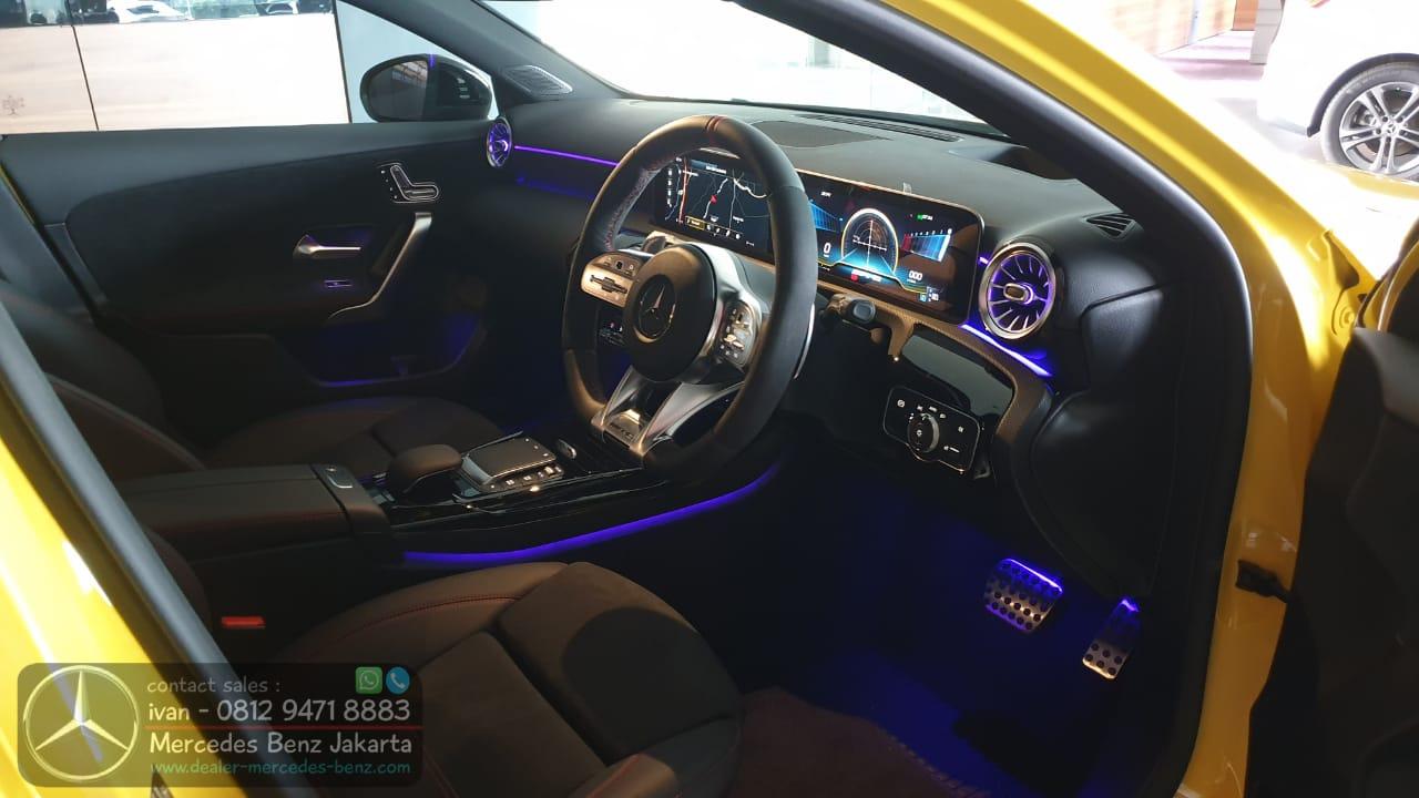 Interior Mercedes-AMG A35 4Matic 2020-2021 Indonesia Black1