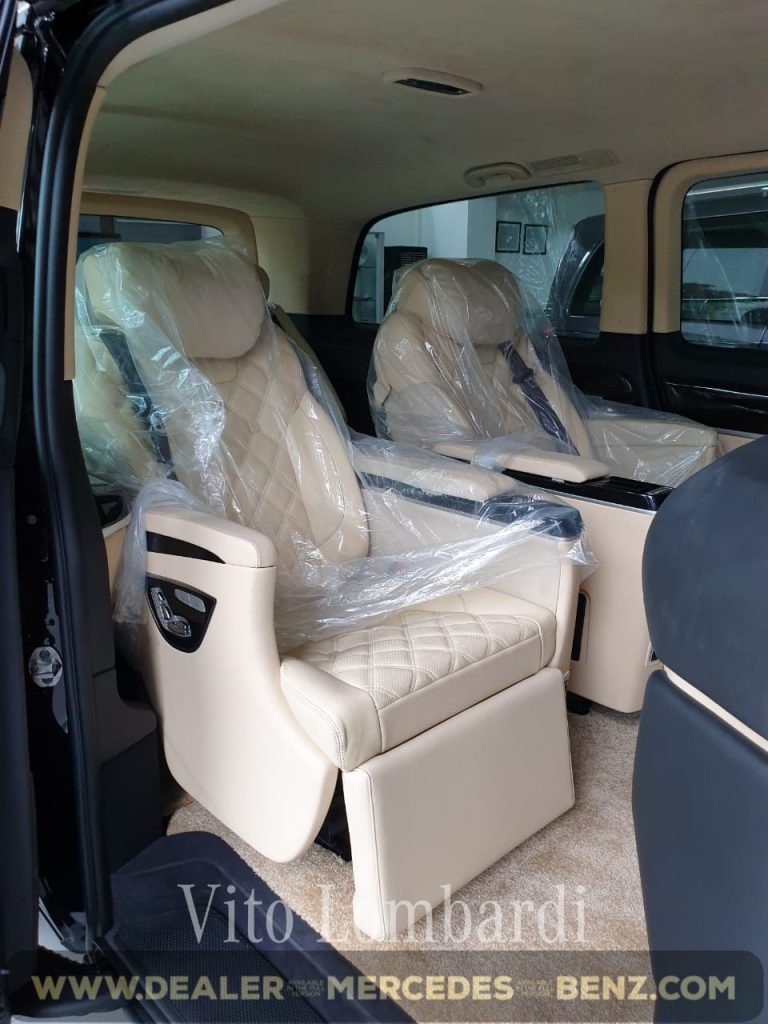Interior Vito Tourer Lombardi Black On Beige
