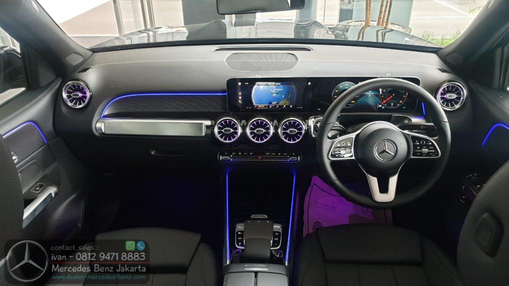 Interior Mercedes Benz GLB200 2020 Indonesia Black