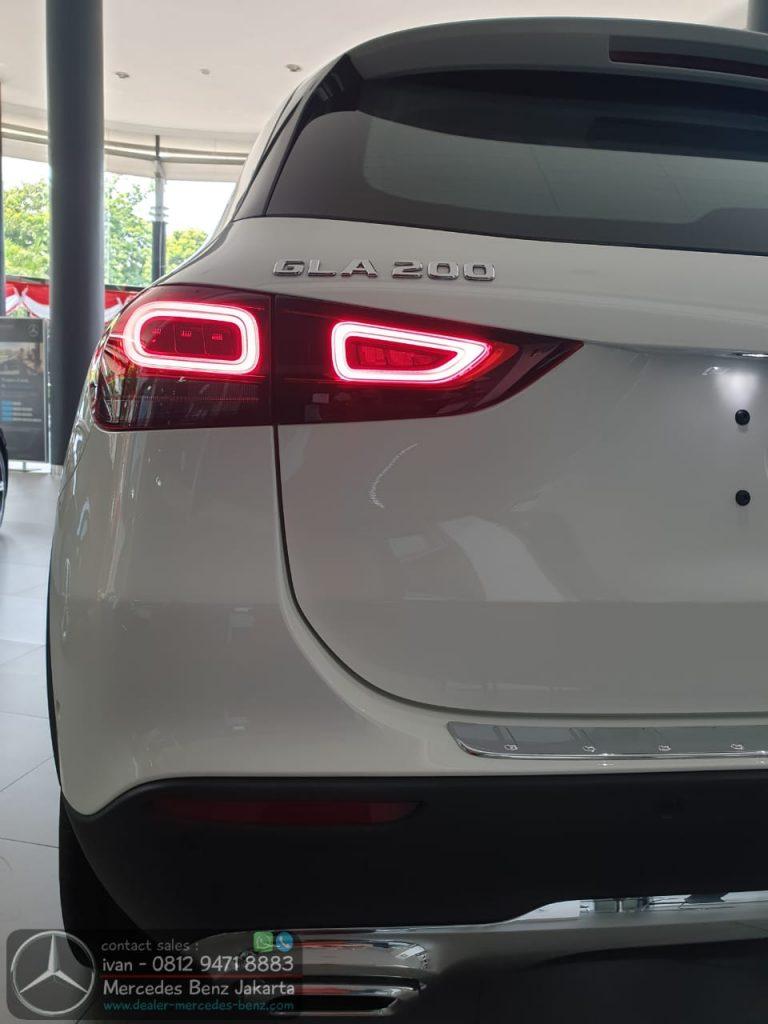 LED Mercedes Benz GLA200 2020 Indonesia