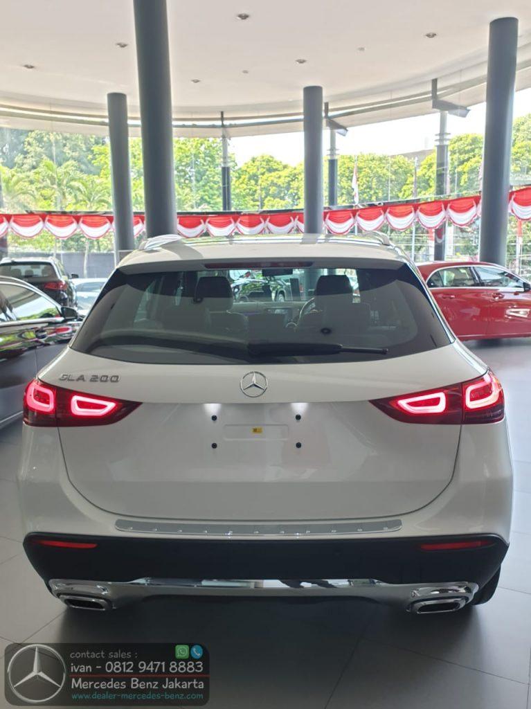 New Mercedes Benz GLA 200 2020 Indonesia White1